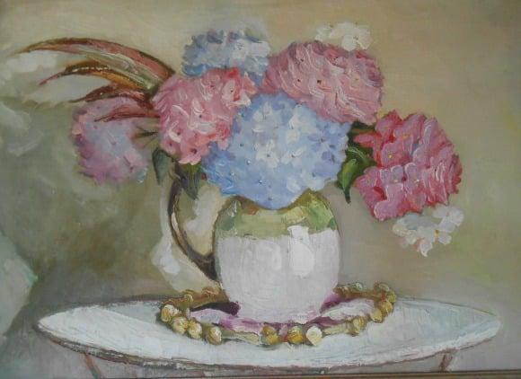 """""""Me obsesionan las hortensias"""". Entrevista en vídeo a Sally Hambleton sobre emprendimiento y el mundo de los arreglos florales (11′)"""