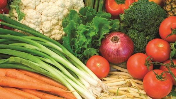 coliflor y tomates