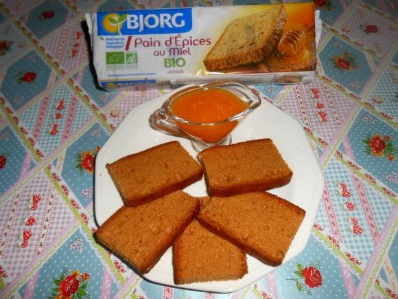 mermelada y pan de especias atras